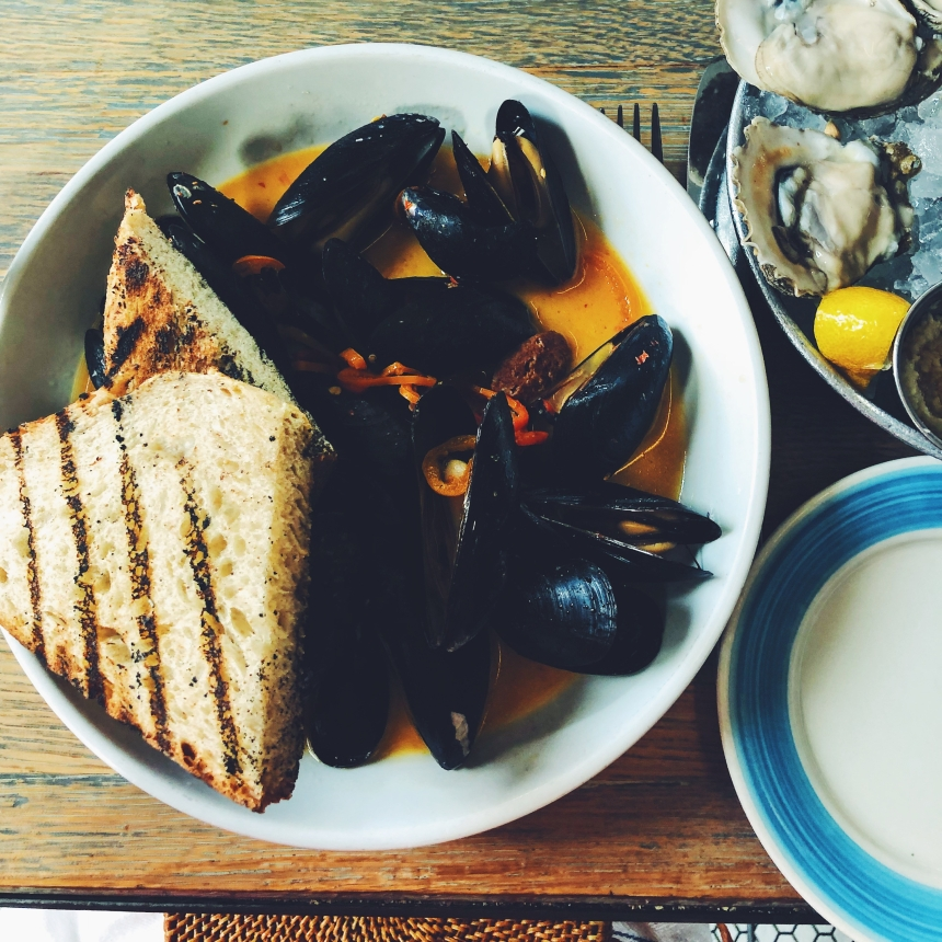 darling oyster bar mussels